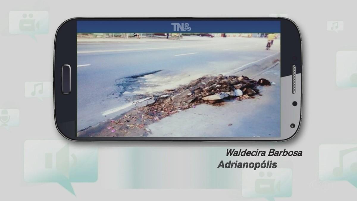 Tô na Rede: Buraco em via de Manaus põe em risco motoristas e pedestres