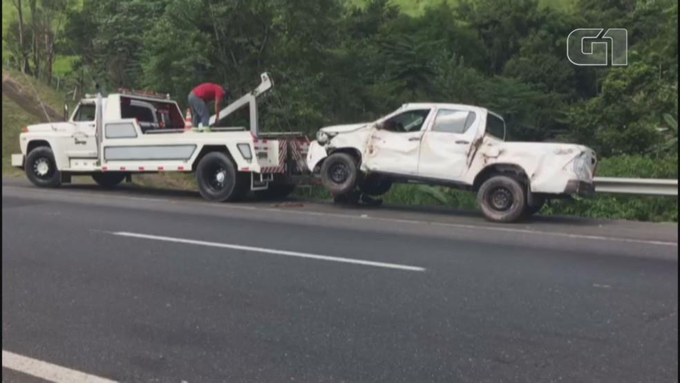 Carros transportados por caminhão cegonha são avaliados em R$ 1 milhão — Foto: G1 Santos