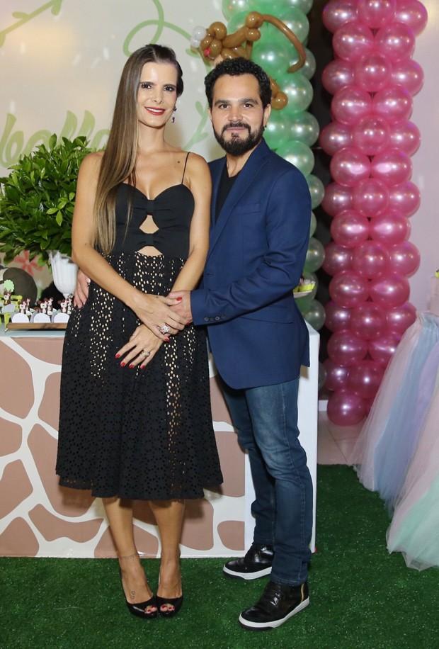 Luciano Camargo e Flávia  (Foto: Manuela Scarpa/Brazil News)