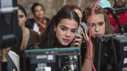 Marquezine se emociona em cena de briga: 'A Bruna vai embora, só fica a Catarina'