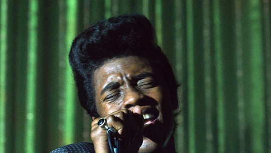 Trailer legendado de 'James Brown'