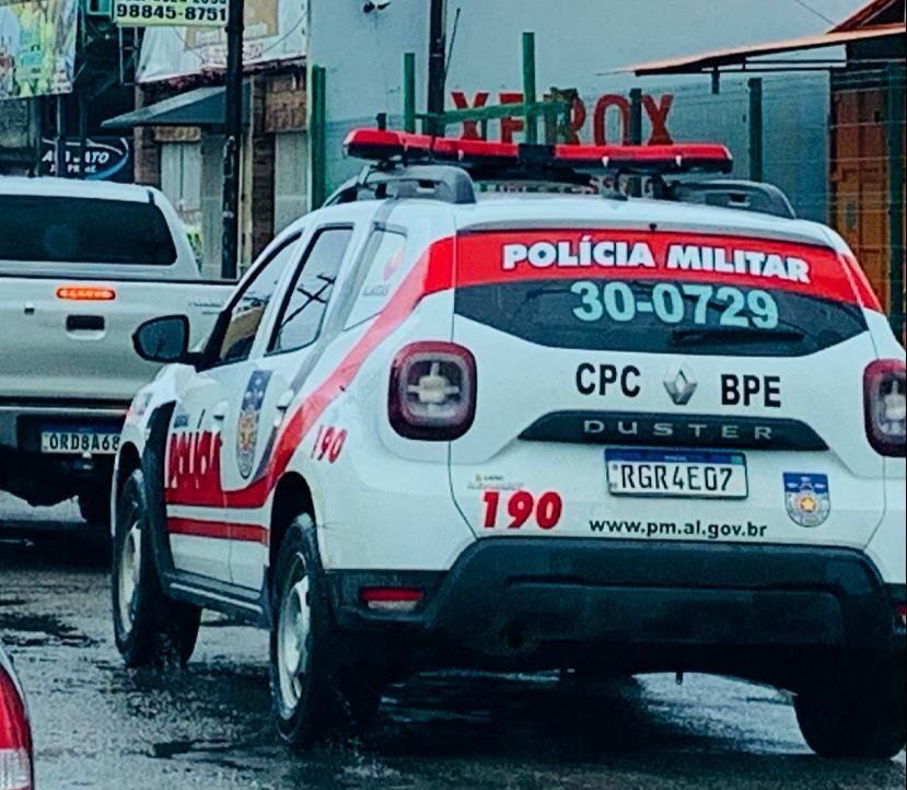 Assaltantes invadem escola e roubam alunos e funcionários em Arapiraca