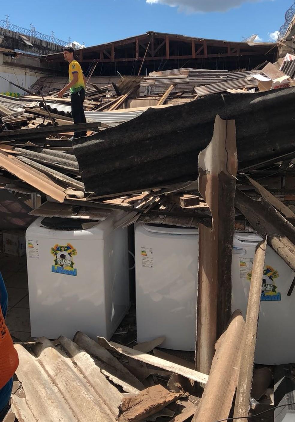 Desabamento ocorreu no centro de Araguaína  (Foto: Divulgação)