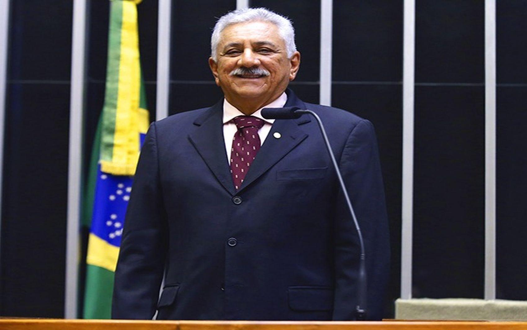 TRE-SE nega recurso e mantém rejeição de prestação de contas de deputado federal por Sergipe nas Eleições 2018 - Notícias - Plantão Diário