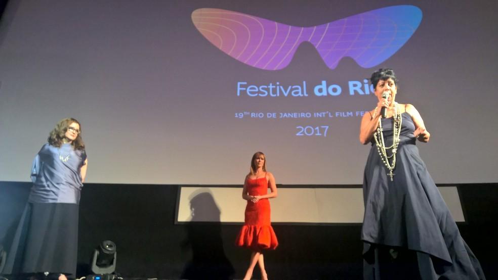 Ilda Santigado, Mariana Ximenes e Walkiria Barbosa na abertura do evento. (Foto: Carlos Brito)