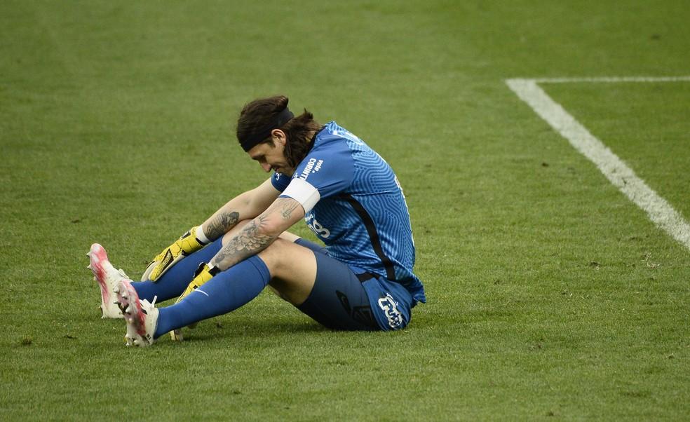 Corinthians confirma lesão em Cássio e não estipula prazo de retorno