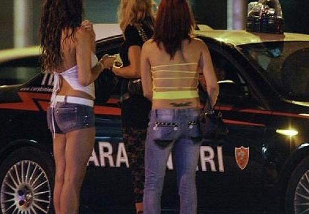 Prostituição na Itália (Foto: Reprodução/Facebook)