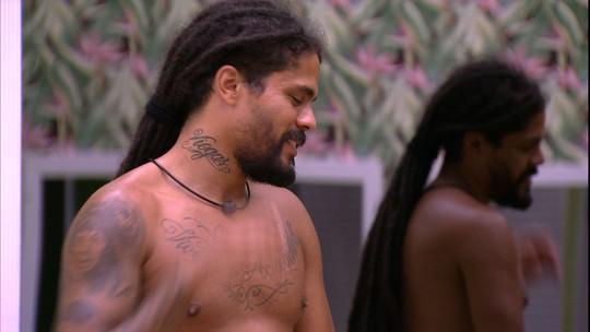 Viegas comenta sobre torcida por Paula e diz a Caruso: 'Primeira parte do plano deu certo'