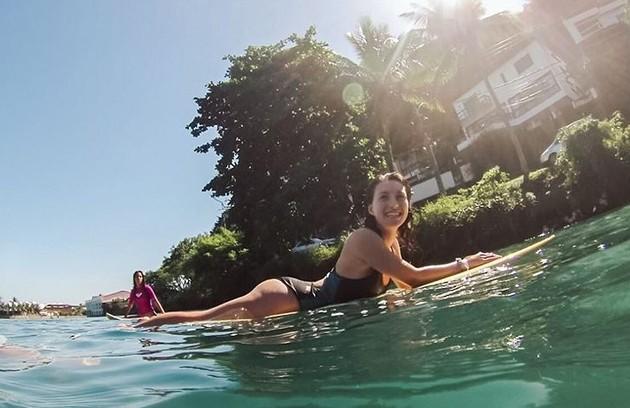 Linda é surfista e frequentadora de praias da Barra da Tijuca (Foto: Reprodução)