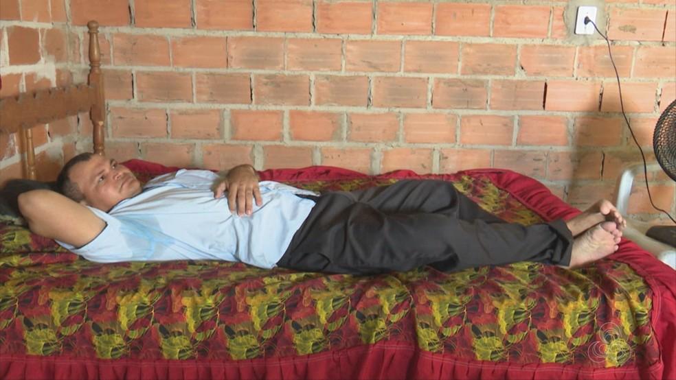 Pacientes reclamam da dificuldade com o INSS (Foto: Rede Amazônica/Reprodução)