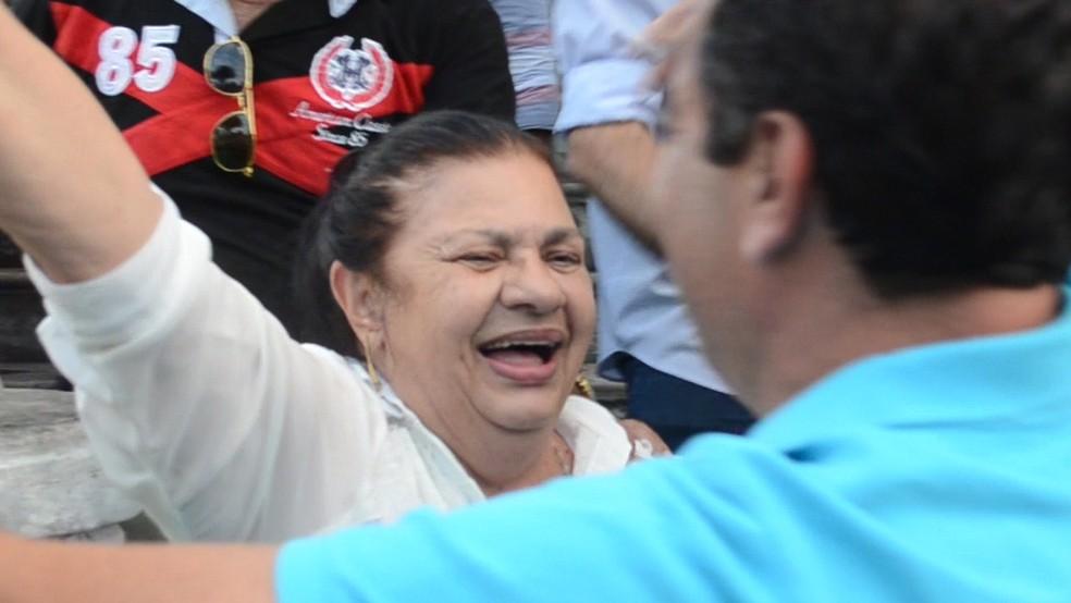 No final de 2014, Rosilene Gomes comemora vitória de Amadeu Rodrigues, que a sucedeu no comando da FPF (Foto: Cadu Vieira / GloboEsporte.com/pb)
