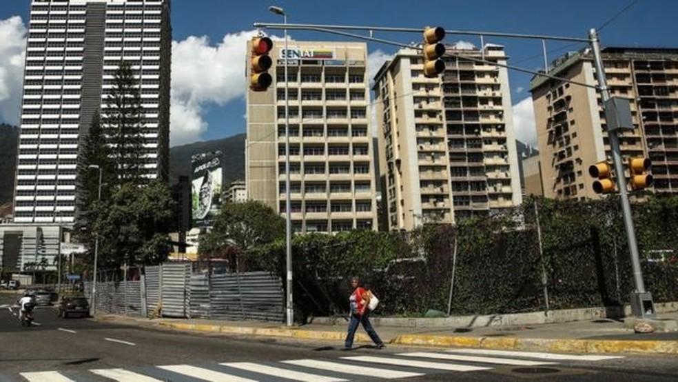 Cuidar das casas de quem abandonou o país virou profissão em alta na Venezuela — Foto: Getty Images