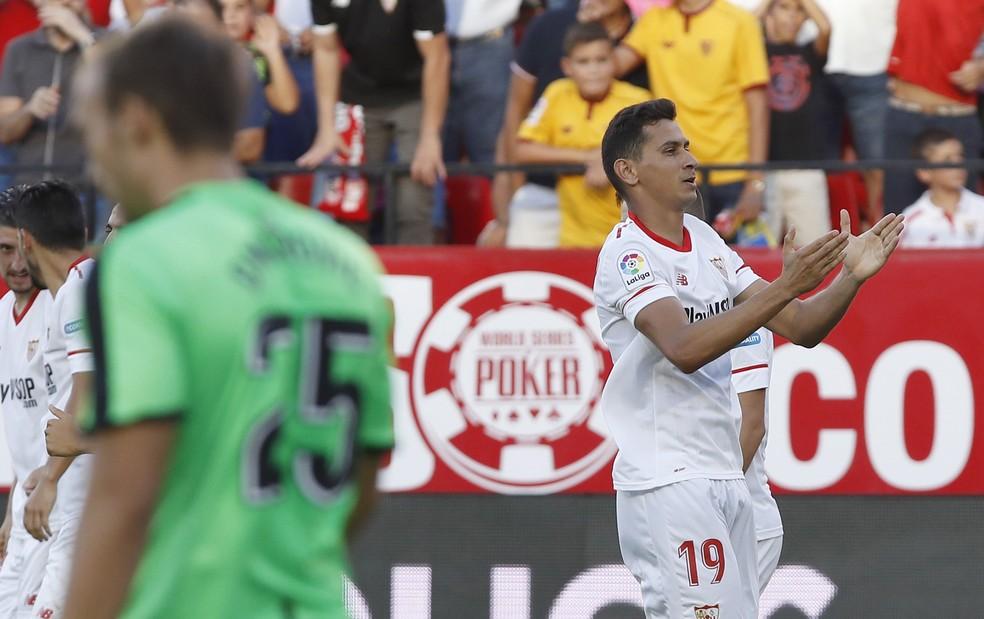 Ganso não conseguiu ter sucesso no Sevilla — Foto: Julio Muñoz/EFE
