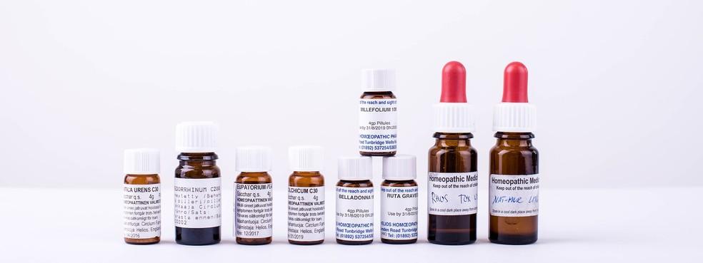 Medicamentos homeopáticos podem conter substâncias potencialmente tóxicas para o organismo, como a planta Belladona (Foto: Eskimokettu/Pixabay/Creative Commons CC0)