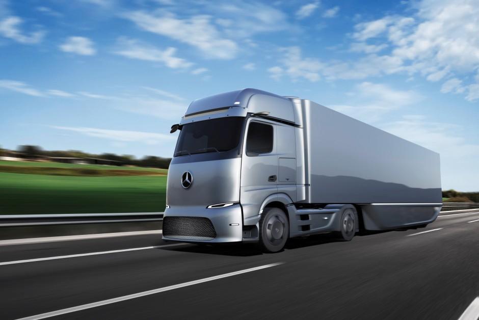 A Mercedes-Benz está desenvolvendo um projeto para um caminhão elétrico e outro movido a células de combustível de hidrogênio (Foto: Divulgação)