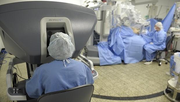 Robô Da Vinci XI do Hospital 9 de Julho (Foto: Divulgação)