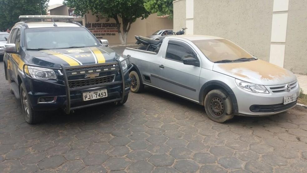 Carro foi apreendido com quadrilha que atuava na Bahia (Foto: Divulgação/ PRF)
