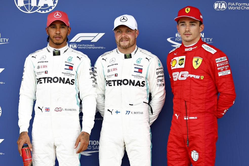 Hamilton, Bottas e Leclerc, os três primeiros no grid em Silverstone — Foto: Getty Images