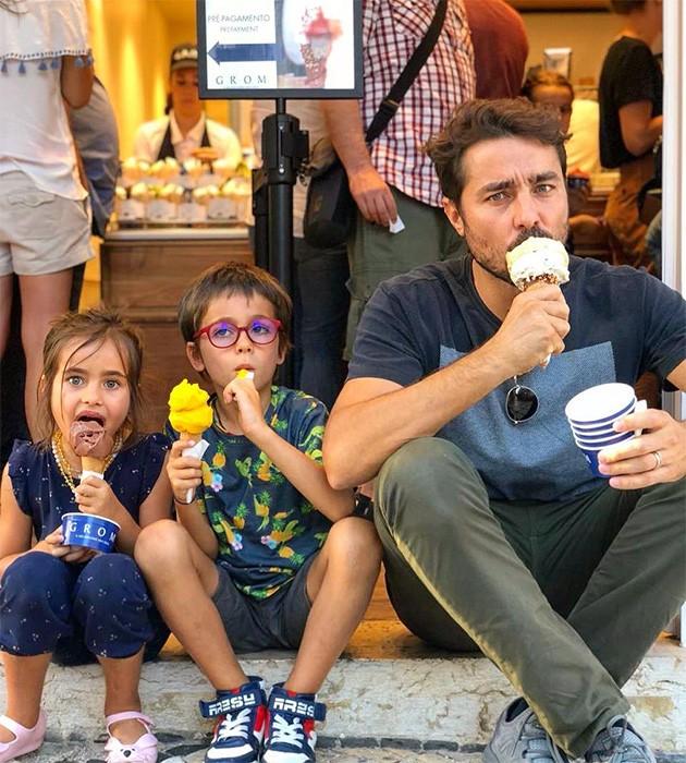 Ricardo Pereira com Vincente e Francisca (Foto: Instagram)
