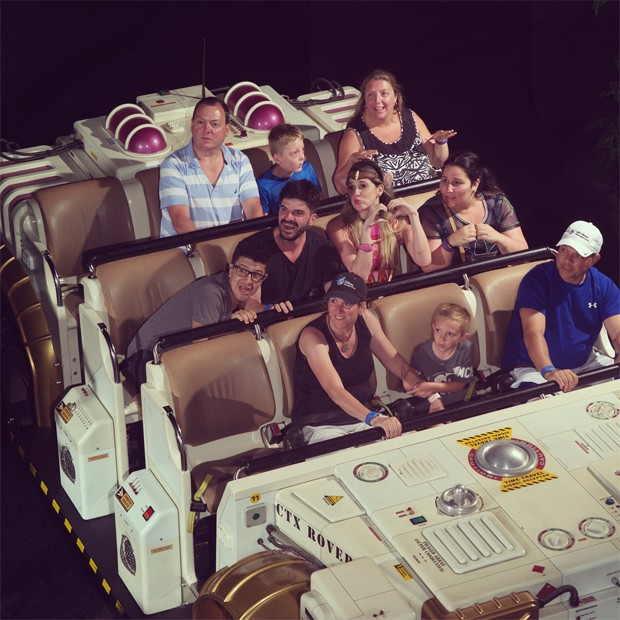 Dani Calabresa com amigos (Foto: Reprodução/Instagram)