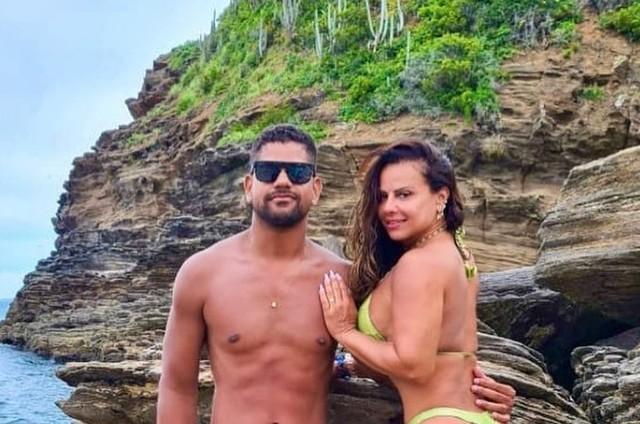 Guilherme Militão e Viviane Araújo (Foto: Reprodução)