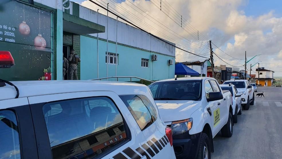 Operação acontece na prefeitura de Alhandra, na Paraíba — Foto: Ítalo Di Lucena/TV Cabo Branco