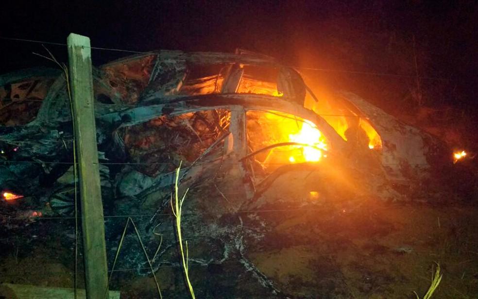 Acidente ocorreu neste domingo, em Formosa do Rio Preto (Foto: Weslei Santos/Blog Sigi Vilares)