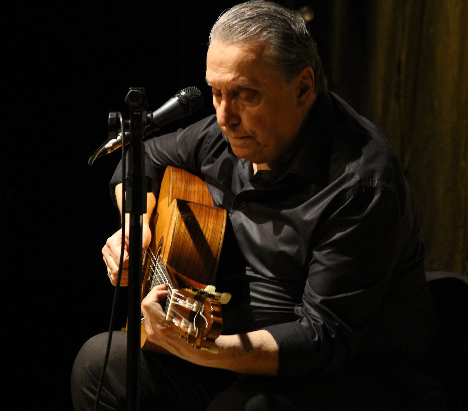 Zé Luiz Mazziotti reafirma a alta categoria vocal em disco com gravações feitas em Roma em 1992 - Notícias - Plantão Diário