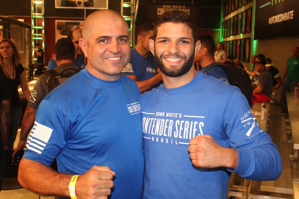 Resultado de imagem para Thiago Moisés vibra com vitória e contrato com UFC: Foi o cartão de visitas
