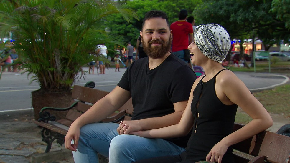 Débora Dantas e Eduardo Tumajan fortaleceram relacionamento após acidente de kart — Foto: Reprodução/TV Globo