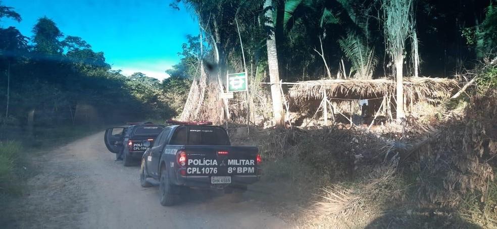 Viaturas fazem buscas por trabalhadores em fazenda de Rondônia — Foto: PM/Divulgação