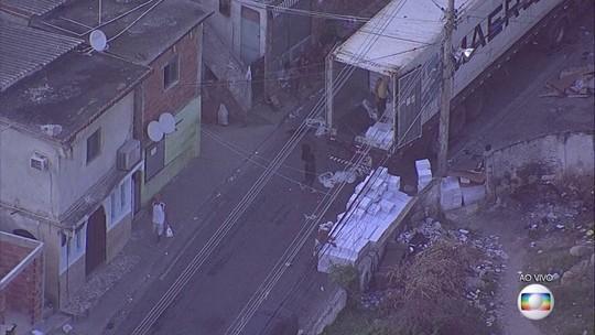 VÍDEO flagra roubo de cargas na Zona Norte do Rio