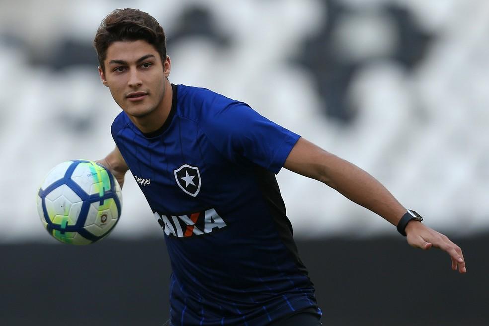 Marcinho, do Botafogo — Foto: Vitor Silva/SSPress/Botafogo