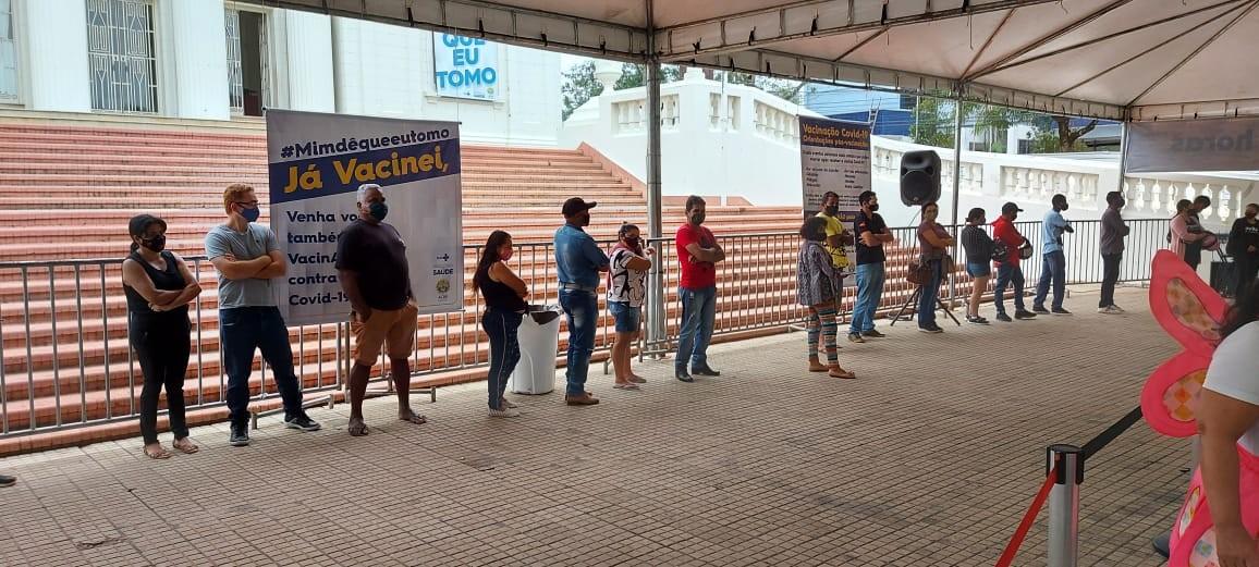 Mutirão vacinou quase 5 mil pessoas contra a Covid-19 em 48 horas no Palácio Rio Branco