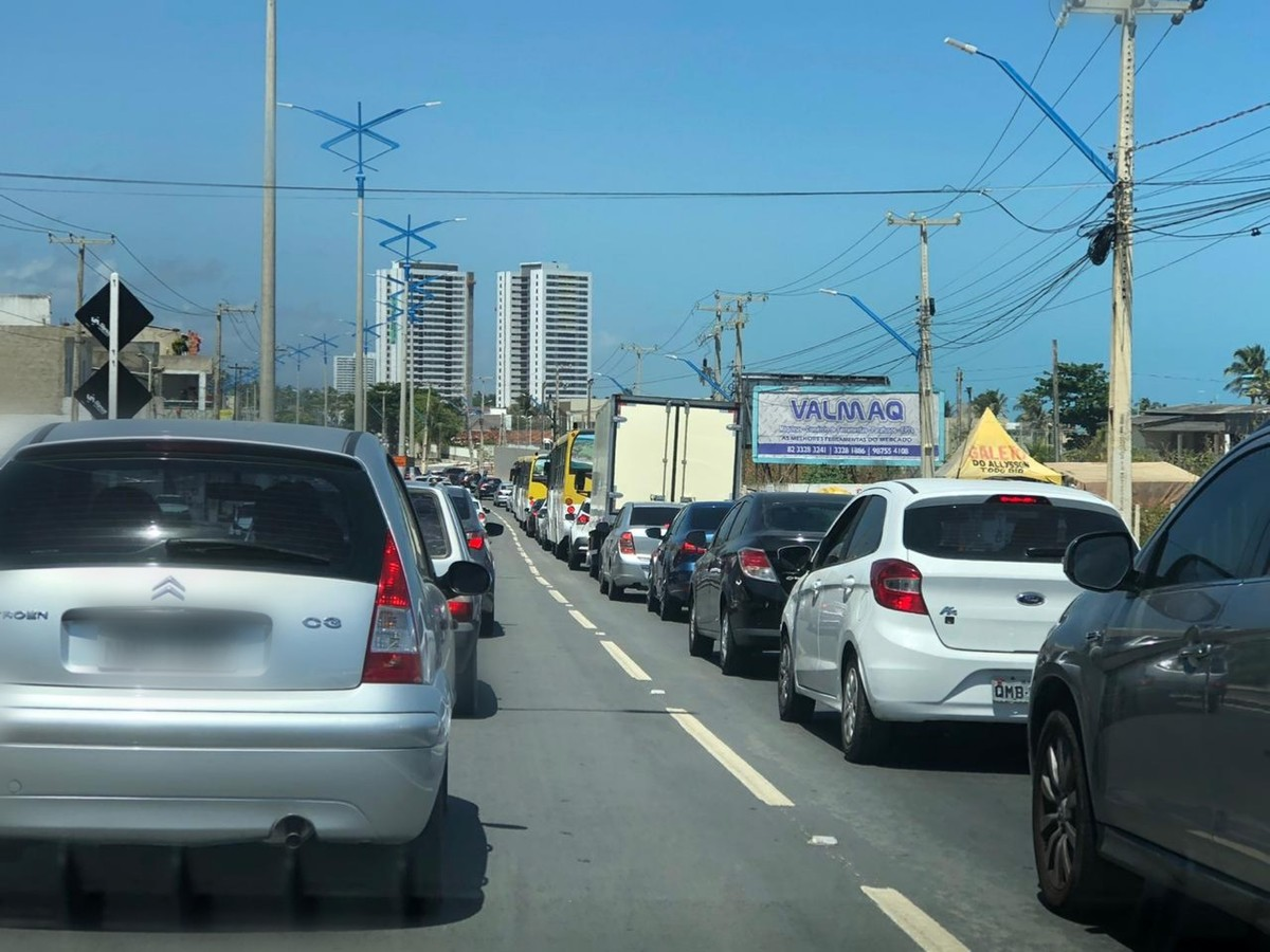 Governo sanciona lei que concede desconto e isenção de multas e juros do IPVA em Alagoas