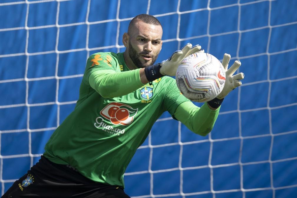Weverton será o goleiro titular da seleção brasileira contra a Colômbia — Foto: Lucas Figueiredo / CBF