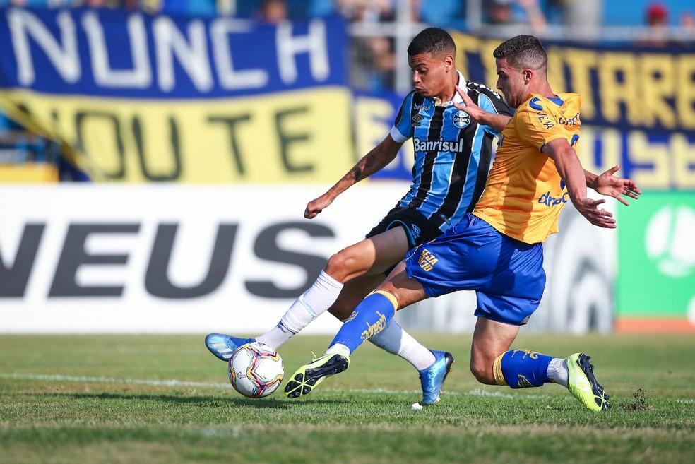 Patrick, em ação pelo Grêmio no início deste ano — Foto: Lucas Uebel/DVG/Grêmio