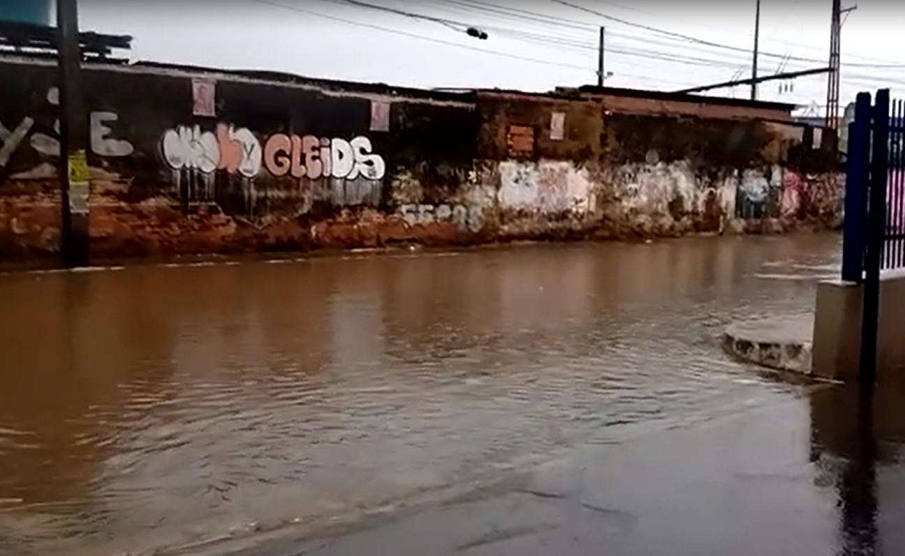 Salvador tem mais de 100 pessoas desalojadas por causa de problemas causados pelas chuvas