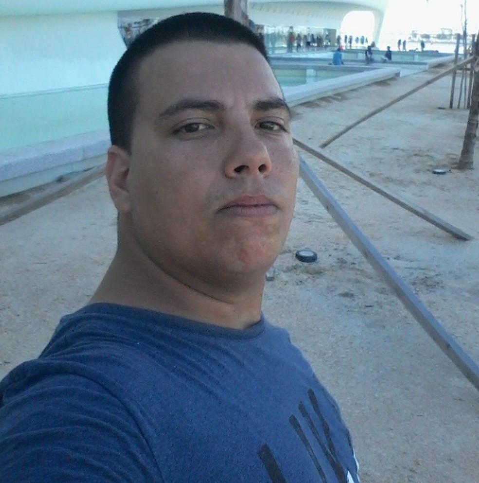 Rafael Santos, 34 anos, morreu no Hospital Souza Aguiar na noite deste sábado  — Foto: Reprodução/Redes Sociais