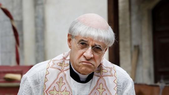 Marcos Caruso vive padre corrupto em 'Filhos da Pátria'
