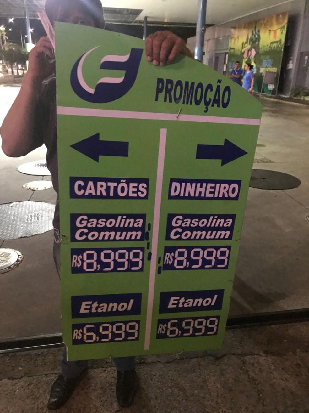 Valor do litro da gasolina chegou a até R$ 8,99, em posto de combustíveis no bairro do Pina, na Zona Sul do Recife (Foto: Procon-PE/Divulgação)