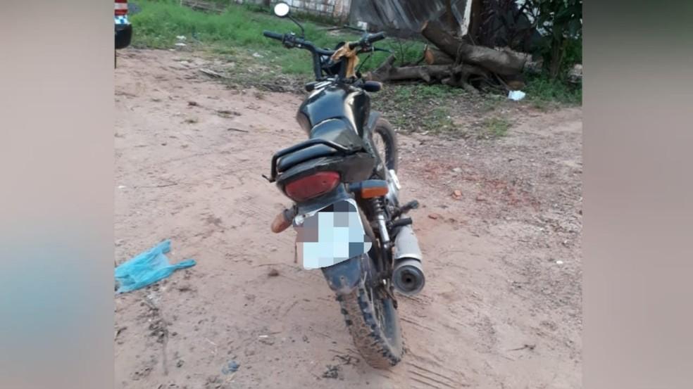 Motocicleta que foi furtada no bairro Interventoria — Foto: Reprodução/Redes Sociais