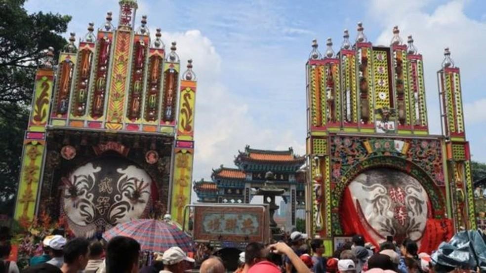 Templos em Taiwan; província foi elogiada por imigrantes entrevistados em critérios como qualidade de vida e possibilidades profissionais — Foto: EPA
