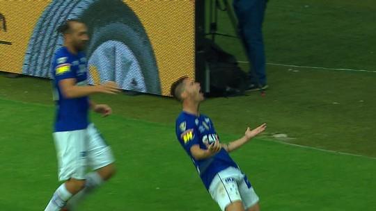 Dedé exalta poder de decisão de Thiago Neves no Cruzeiro e conta com Arrascaeta na finalíssima