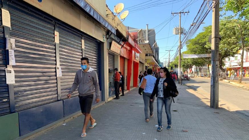 PBH restringe funcionamento do comércio e proíbe consumo de álcool em bares e restaurantes