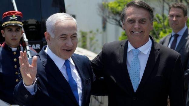 A forte guinada diplomática rumo anunciada por Bolsonaro pode ampliar parcerias com o governo israelense, mas também retrocessos nas relações com países árabes, segundo analistas e o setor produtivo brasileiro (Foto: LEO CORREA/AFP via BBC News Brasil)