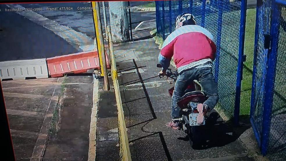A tarifa da praça, que fica na BR-369, é de R$ 4,50 para motocicletas — Foto: Polícia Rodoviária Federal/Divulgação