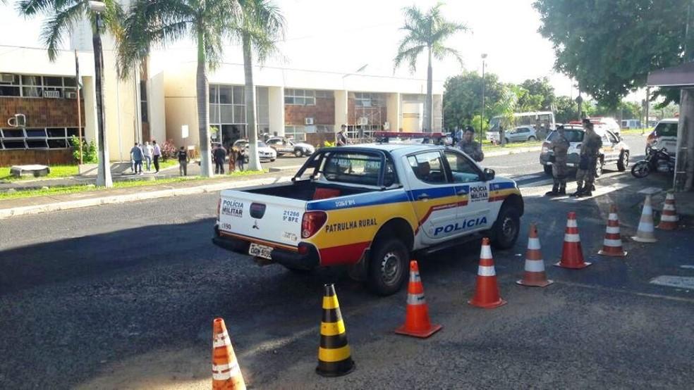 Operação 'Fênix' deflagrada pelo Gaeco em Uberlândia — Foto: Túlio Amâncio/G1