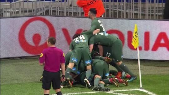Mariano Díaz faz golaço, mas Lyon cede empate a Saint-Étienne aos 45 do 2º tempo