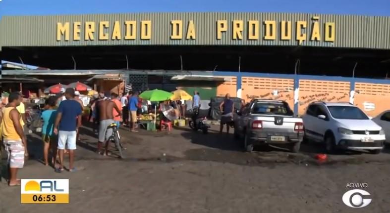 Comerciantes com boxes fechados no Mercado da Produção podem perder licença em Maceió